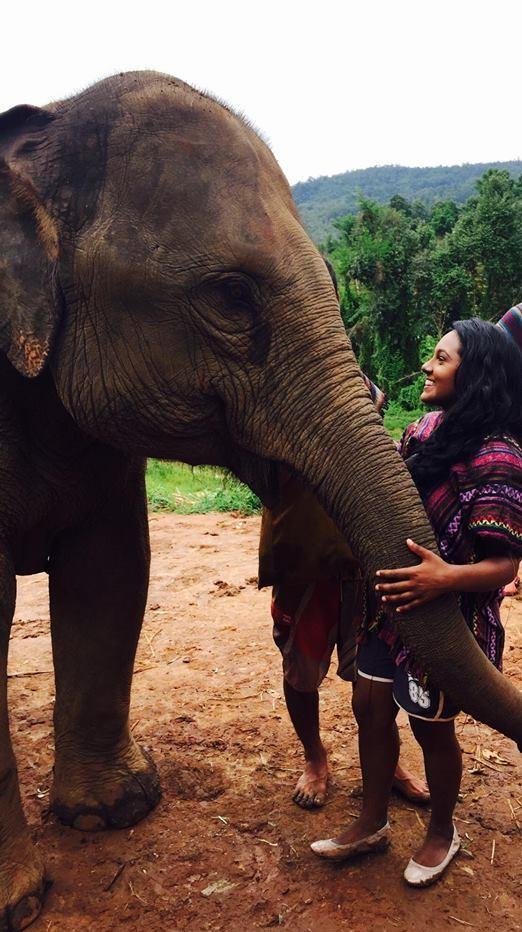 alicia-and-elephant